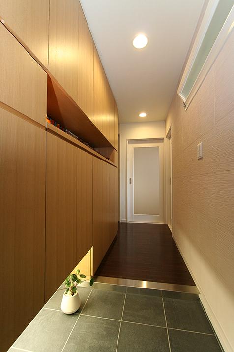 オーダー家具:玄関収納棚