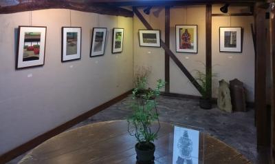 古民家ギャラリーの切り絵展