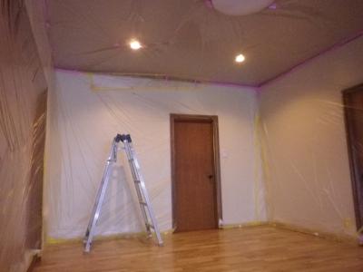 フロアのリフォームにて壁や天井の養生