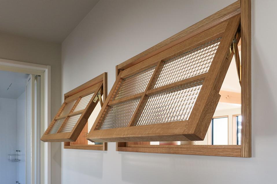 風通しの良い室内窓