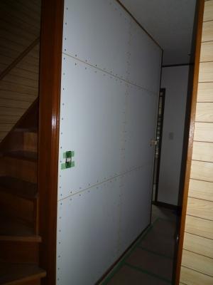 耐震認定補強壁を床から天井間に設置