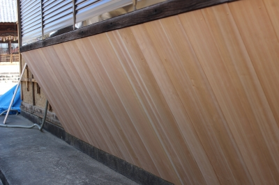 東郷町の神社 壁工事