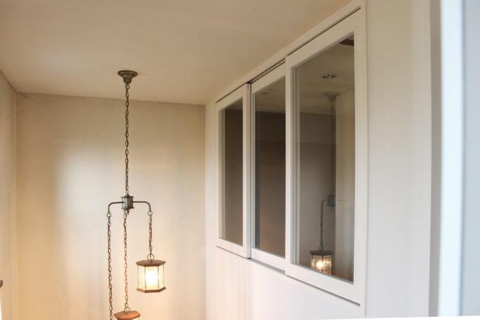 室内窓で二世帯住宅の暮らしを快適に