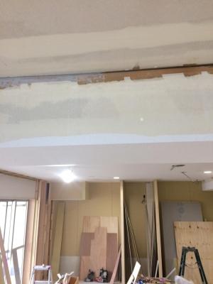 天井周りの隙間