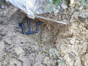 給水配管から漏水2
