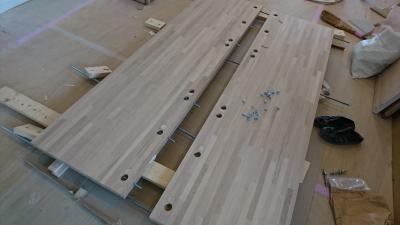 大きなテーブルの板