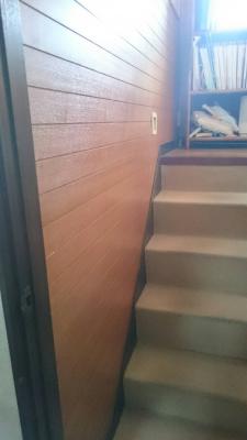 中二階への階段