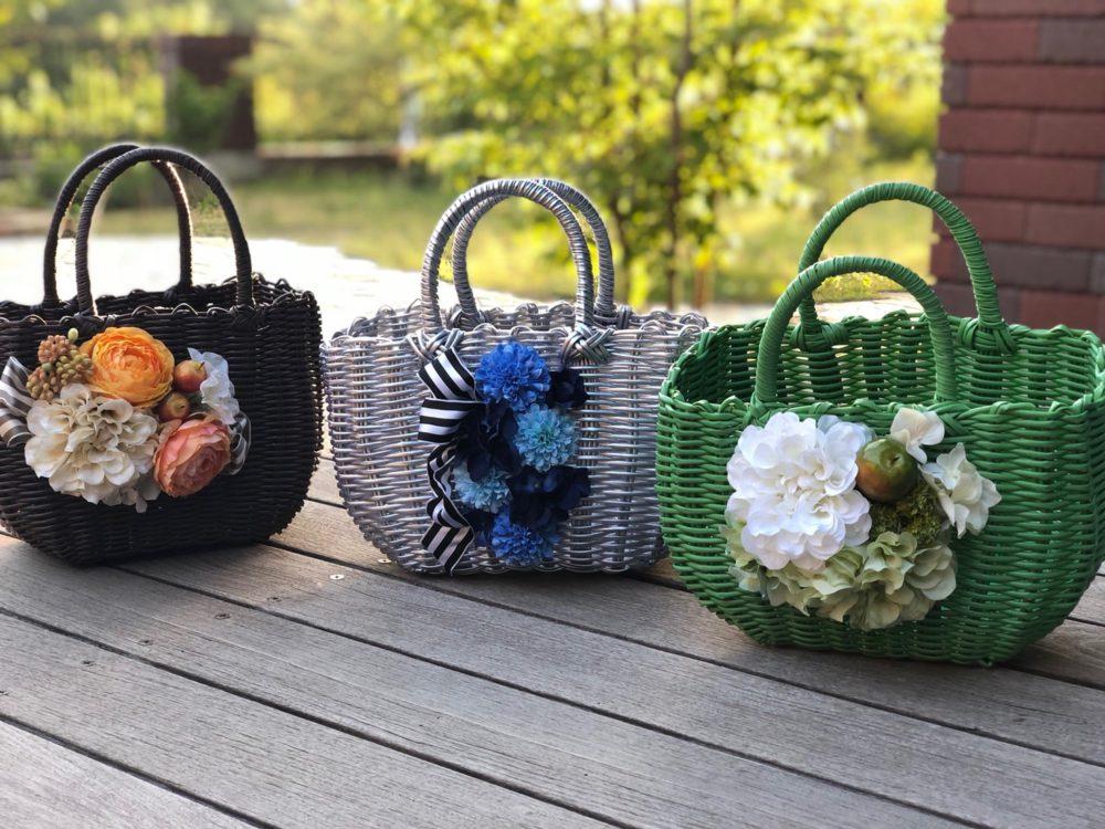 夏のインテリア「可愛いお花のカゴバッグ」
