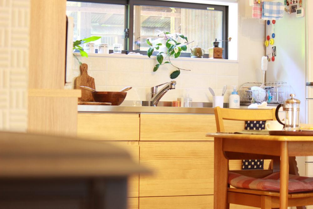 キッチン窓2