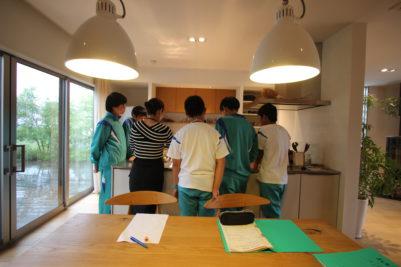 職場体験(諸輪中学)キッチン説明