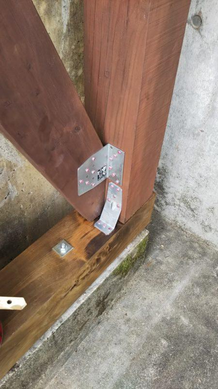 耐震金物を使って耐震対策