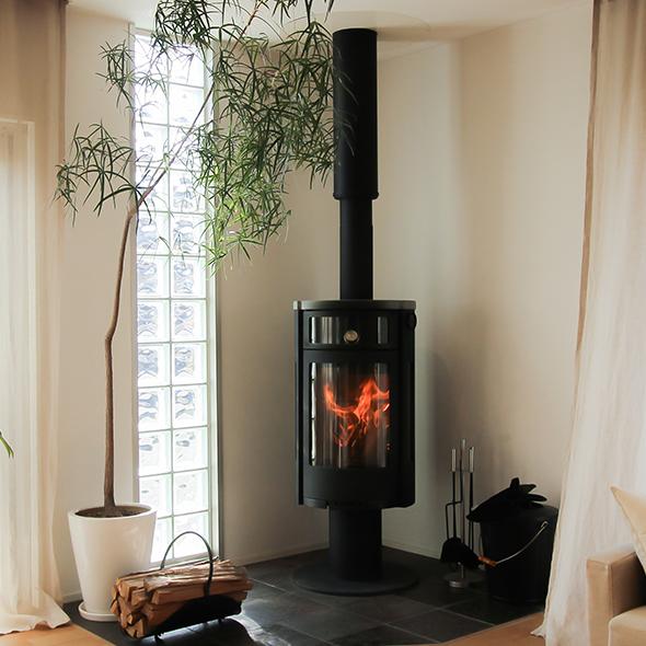 ショールームの暖炉