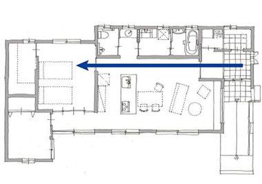 玄関から洋室の動線