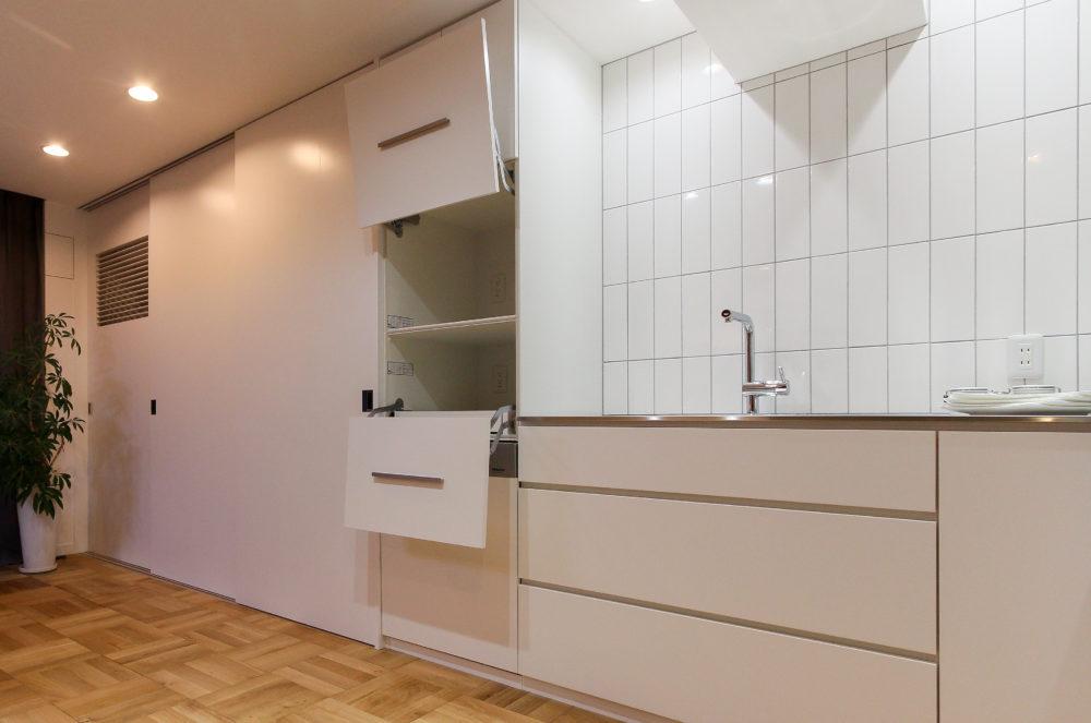 憧れのオーダーキッチンとキッチン壁面収納