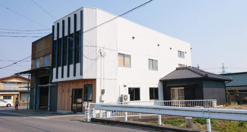 東郷町の材木問屋さんにて、外壁 リフォーム(after)