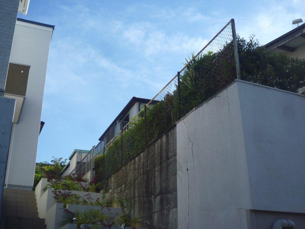 撤去前のフェンス