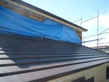 東郷町のリノベーション:東郷町のリノベーション:屋根材変更