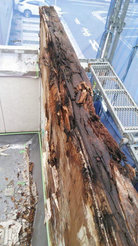 東郷町のリフォーム。朽ちた木材