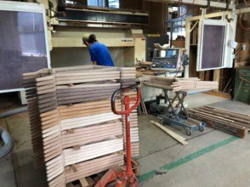 徳島県の椅子製作所