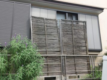 before:目隠しフェンスの取替え