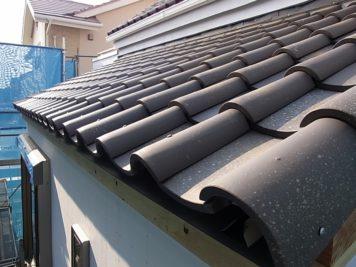 増築部分の屋根瓦