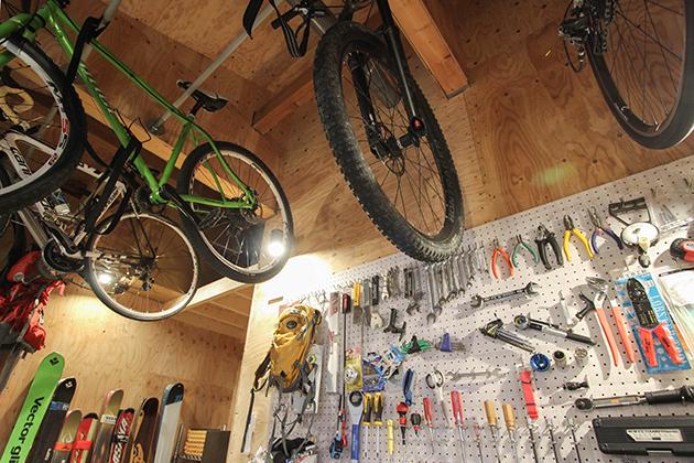 こだわりが詰まった 自転車部屋(趣味室)