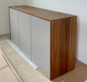 愛知県津島市で新築戸建て住宅にオーダー家具を納品。