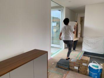 愛知県津島市で新築戸建て住宅施工。オーダー家具を納品。