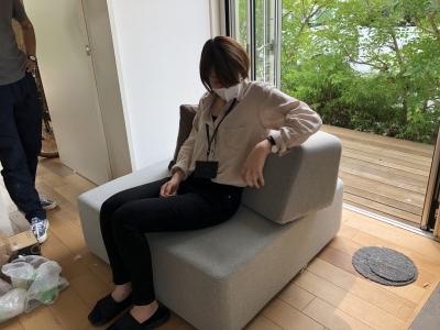 住工房オリジナルのソファー:シンプルなスクエアー型