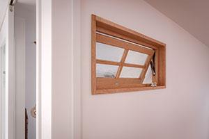 玄関の室内窓:部屋側