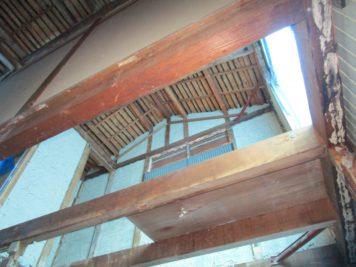 耐震リノベーション工事(名古屋市中川区)解体工事中の室内
