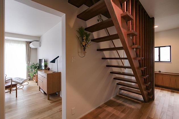 新品の床や壁とも違和感がでないように色合いを工夫