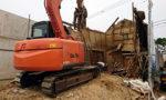 東郷町にて土蔵の解体工事